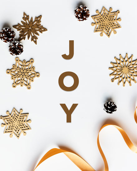 holiday card wooden snowflakes ribbon